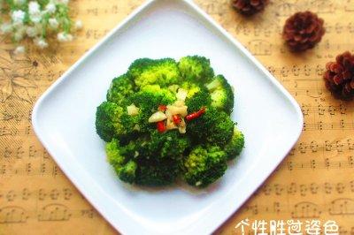 清炒蒜蓉西兰花