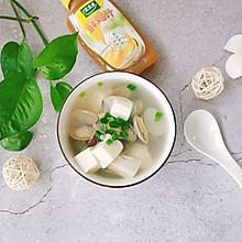 #太太乐鲜鸡汁玩转健康快手菜#花蛤豆腐汤