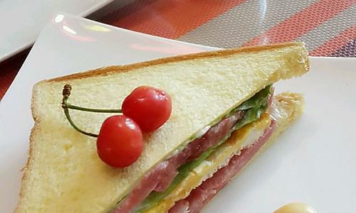 十分钟早餐:美味三明治的做法
