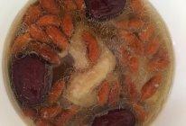 红枣枸杞鸡汤的做法