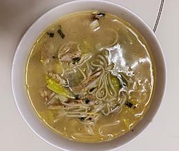 黄鱼汤面的做法