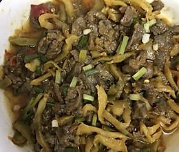 榨菜蒸牛肉的做法