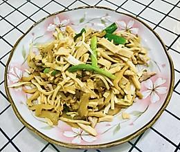#美食视频挑战赛#清清爽爽的小炒~茭白炒肉丝豆干榨菜丝的做法