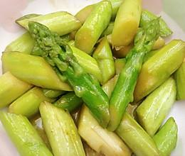 炒芦笋的做法