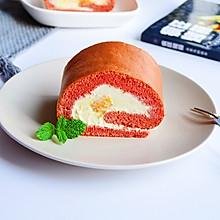 #百变水果花样吃#芒果红丝绒蛋糕卷