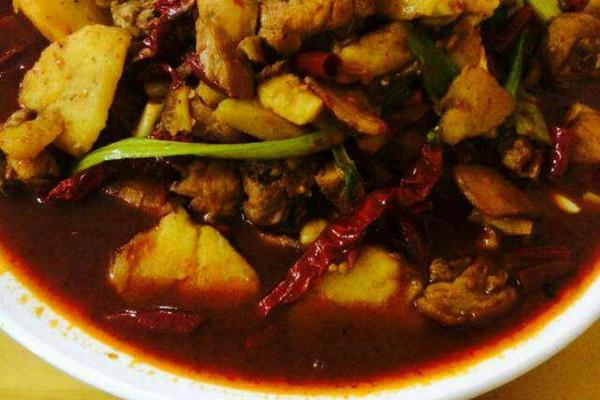 新疆特色大盘鸡的做法