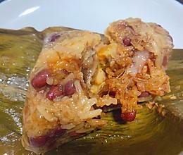 #换着花样吃早餐#入口即化的香菇蛋黄肉粽子的做法