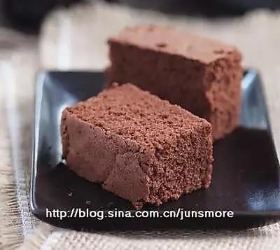 这是我最喜欢的一道巧克力海绵蛋糕
