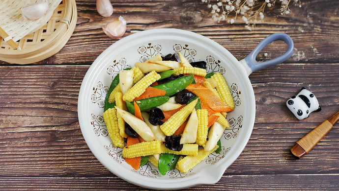 玉米笋炒时蔬