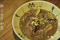 潮音潮人:潮汕秘制牛腩煲的做法