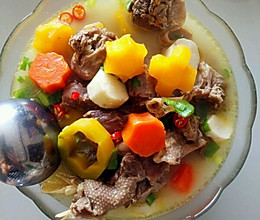 鹅肉萝卜山药汤的做法