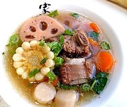 莲藕排骨汤~秋季润燥养生汤的做法