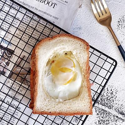 3分钟早餐—培根芝士蛋吐司
