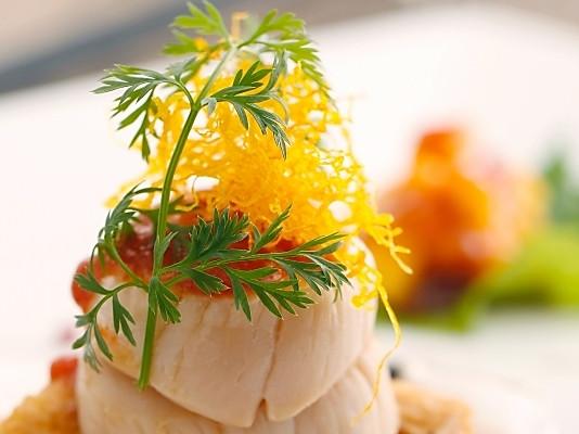 春鸡烤扇贝酌辣茄汁的做法