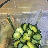 黄瓜雪梨汁 减肥 适合孕妇饮用的做法图解2