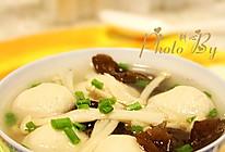 金针菇鱼丸木耳汤的做法