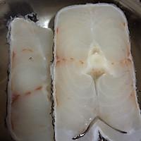 红烧鳕鱼块的做法图解1
