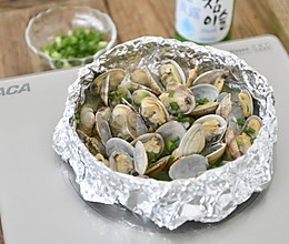 锡纸黄油酒香花蛤的做法