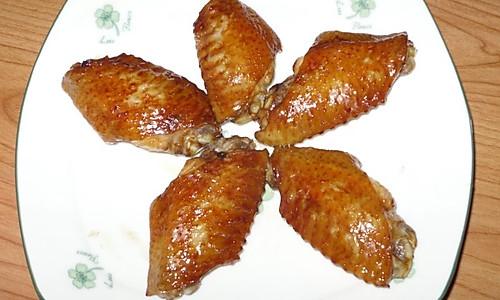 微波炉版烤鸡翅(懒人版)的做法