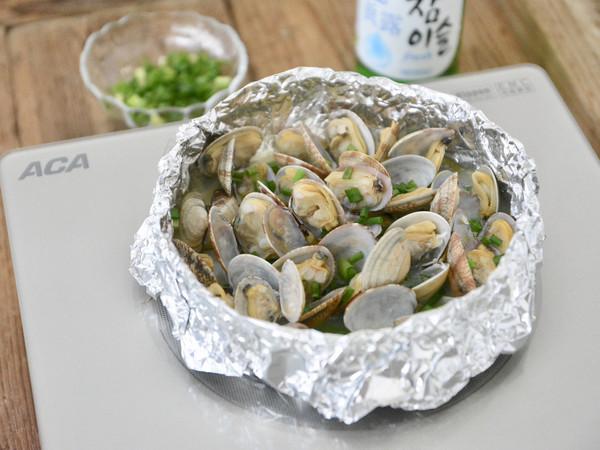 锡纸黄油酒蒸花蛤的做法