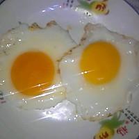 煎荷包蛋的做法图解2