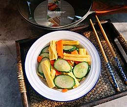 青瓜炒腐竹的做法