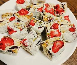 过年别买糖啦!酥软可口的草莓雪花酥的做法