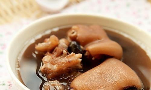 补肾黑发的猪蹄黑豆汤的做法