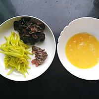 #花10分钟,做一道菜!#小炒黄花菜(附新鲜黄花菜处理方法)的做法图解6