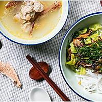 不时不食   牛肝菌拌米线配鸡汤吃走感冒的做法图解8