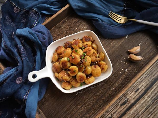 香煎洋葱小土豆的做法