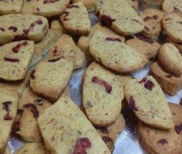 蔓月莓小麦胚芽饼干的做法