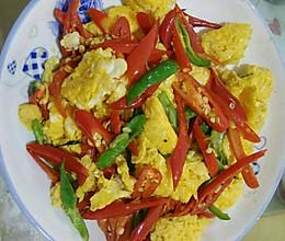 鸡蛋炒辣椒的做法