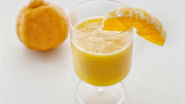 丑橘气泡水的做法