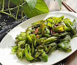 蒜炝虎皮椒-素食主义快手菜的做法