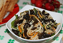 木耳拌金针菇的做法