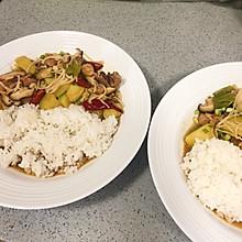 今天吃鸡,黄焖鸡米饭