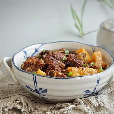 茶树菇土豆焖排骨