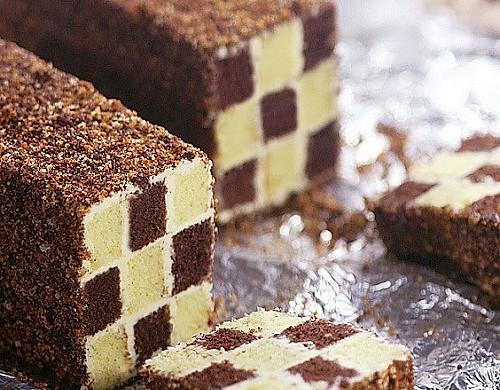 双色棋格奶油蛋糕