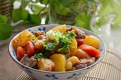 秋后,就吃经典土豆烧牛肉!