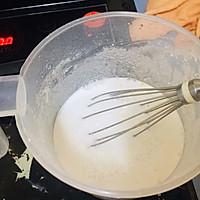 广式蒸肠粉(鸡蛋肠,鲜虾肠和牛肉肠)的做法图解1