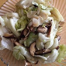 卷心菜炒香菇