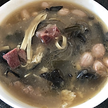 #憋在家里吃什么#牛肉胡辣汤泡油条