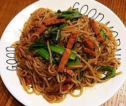 美味可口的炒米线的做法
