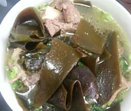 海带筒子骨汤的做法