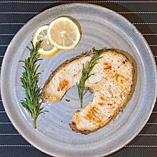 迷迭香煎银鳕鱼