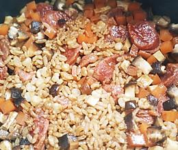 腊肠 电饭锅拌饭的做法