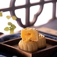 超越美心的流心奶黄月饼的做法图解26