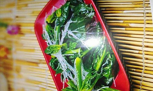 小拌菠菜的做法