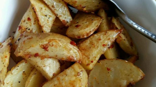 【烤箱版】烤薯角的做法